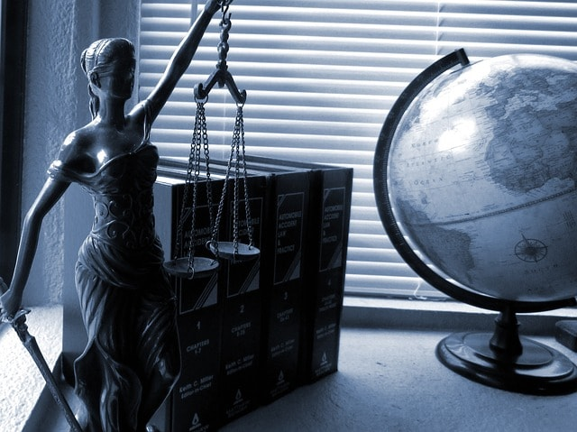 new-orleans-injury-attorney-lady-justice